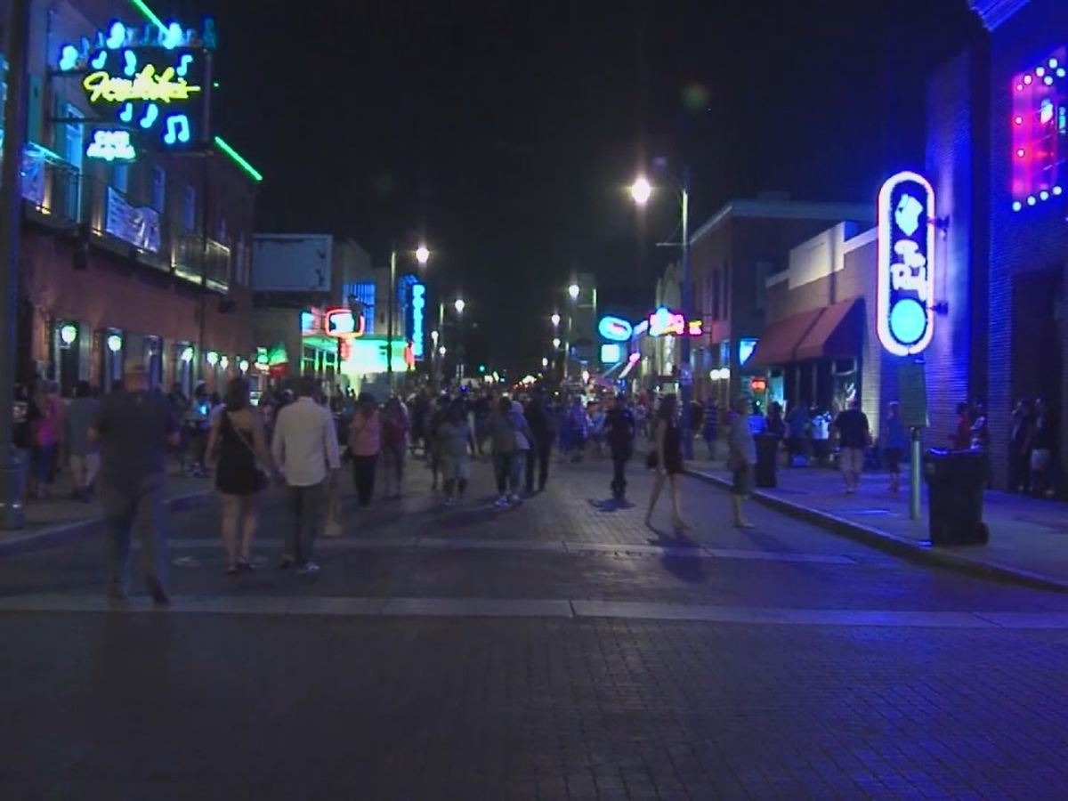 Commissioners want to bring sports betting to Beale Street