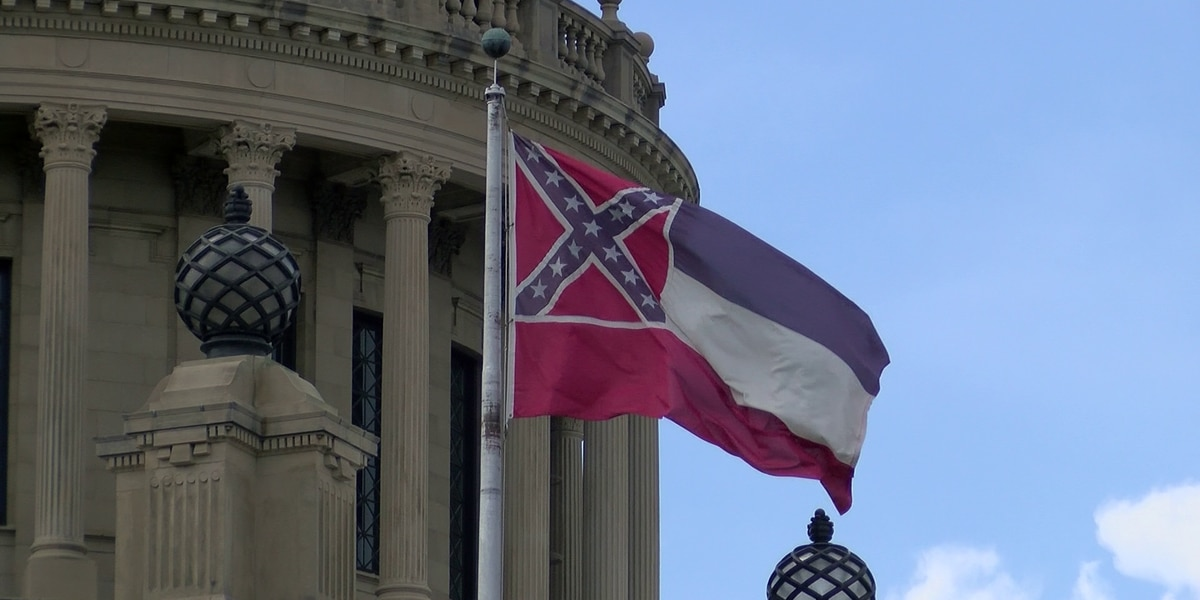 """Miss. Governor on state flag: """"If they send me a bill this weekend, I will sign it"""""""