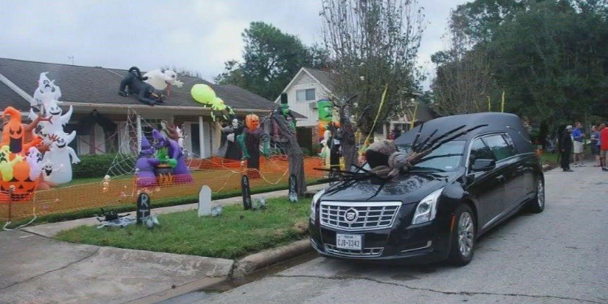 Neighborhood bringing back normalcy with Halloween after Harvey