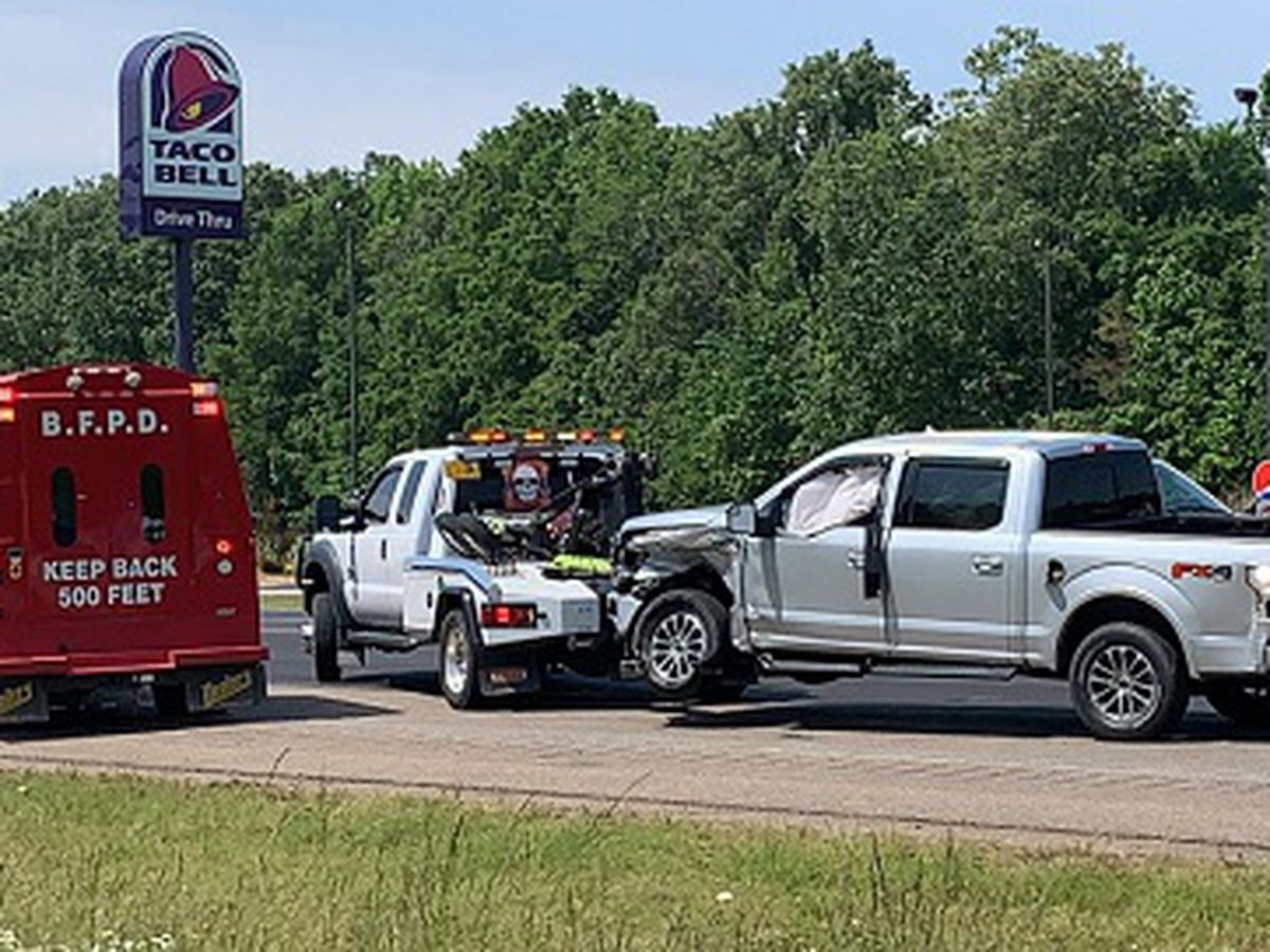 Authorities respond to Highway 49 crash