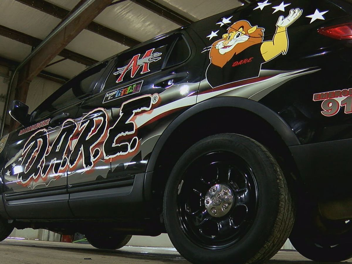 Student Resource Officer's car gets new look