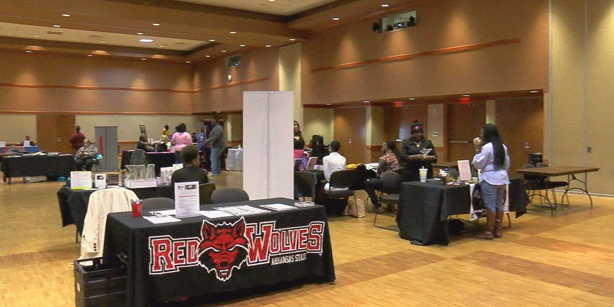 KLEK holds women and minority business showcase