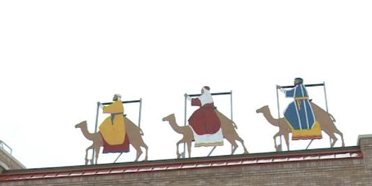 Group asks 3 Wise Men display be taken down, residents of Michigan town rush to defend it