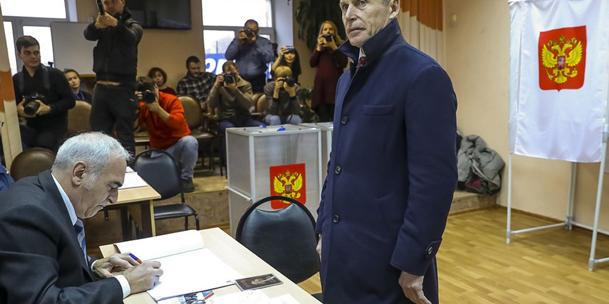 Kremlin candidate wins in repeated vote in Russia's Far East