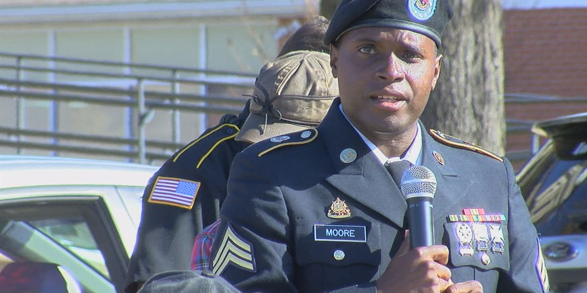 Harrisburg honors veterans with ceremony, parade