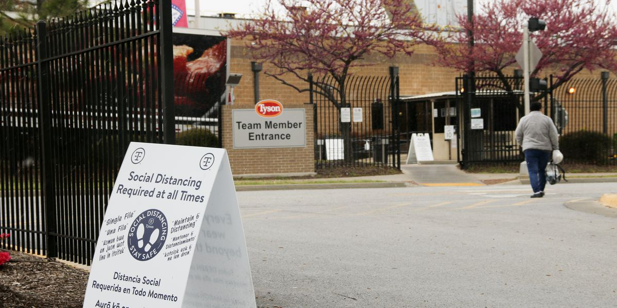 9,000 employees sick as COVID overwhelms Arkansas workplaces over the past year