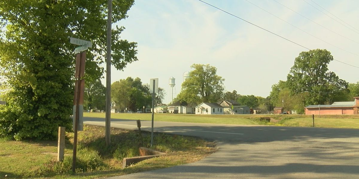 Hoxie employee killed in mowing accident
