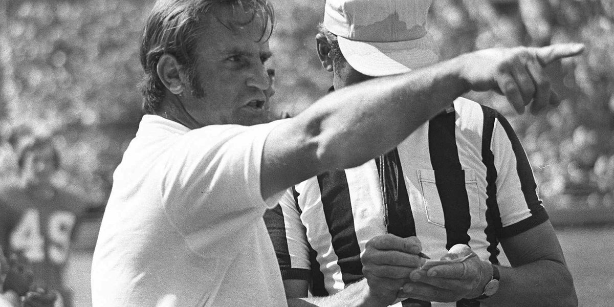 Don Shula, winningest coach in pro football history, dies at 90