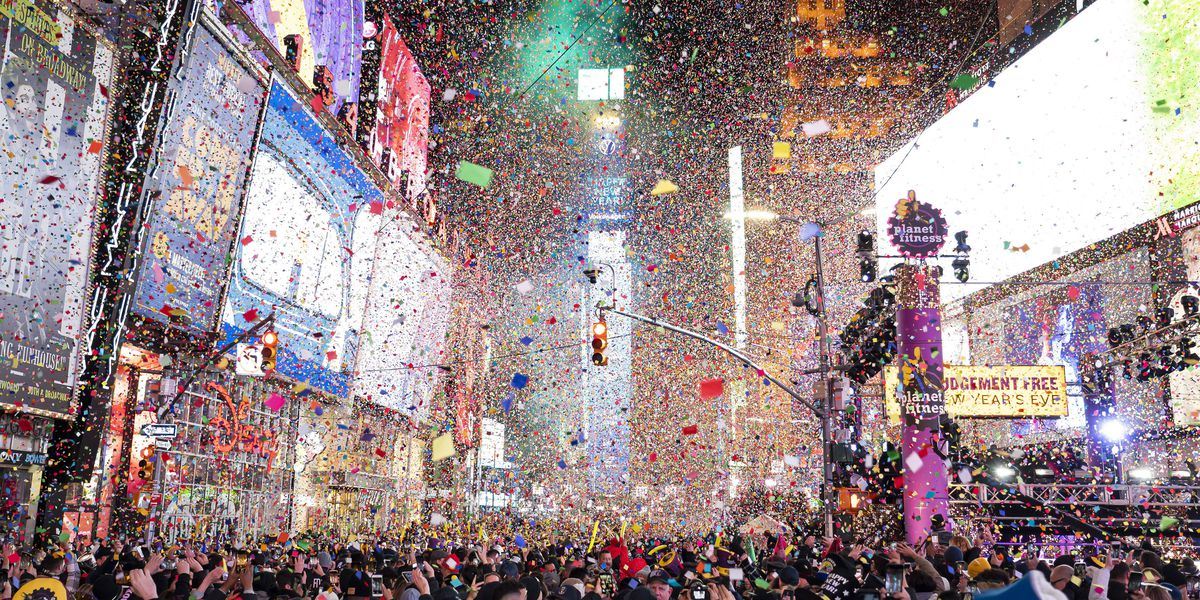 New Year's Eve in Times Square incorporates virtual elements
