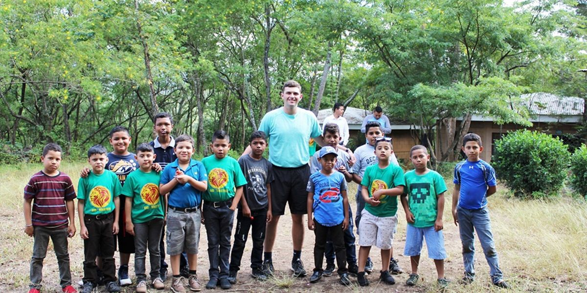 Nettleton & Diamond Hog alum Jake Smith giving back with 1And1 Ministries