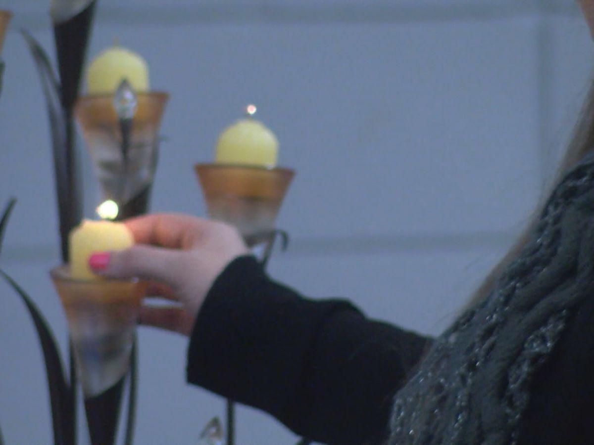 Candlelight vigil held for parents of deceased children in Jonesboro