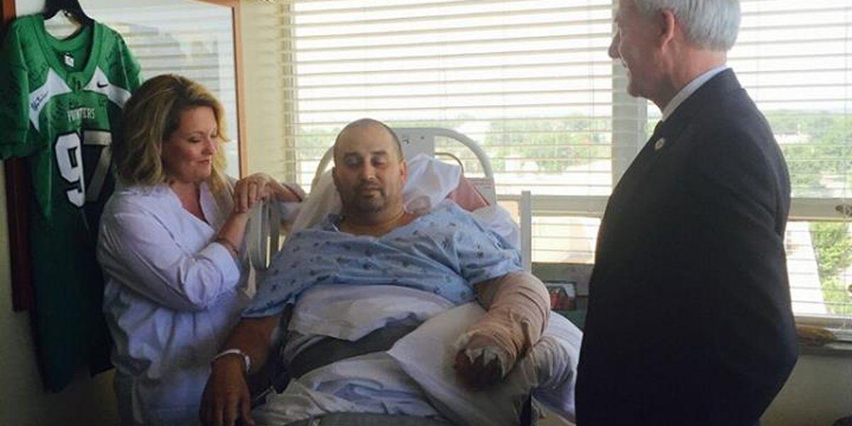 Gov. Asa Hutchinson visits injured Arkansas State Trooper