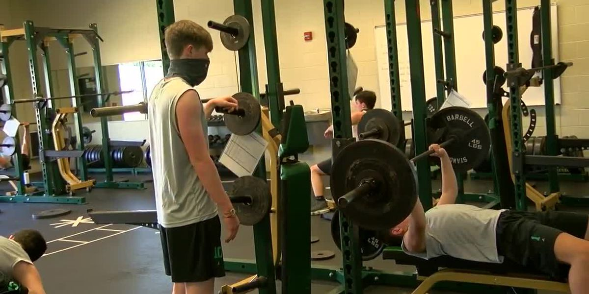 GCT & Paragould football work out for the first time under ADH COVID-19 guidelines