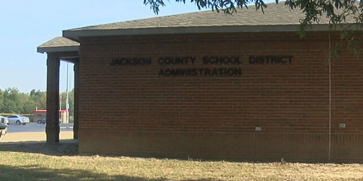 Jackson County School District voters extend district's millage rate