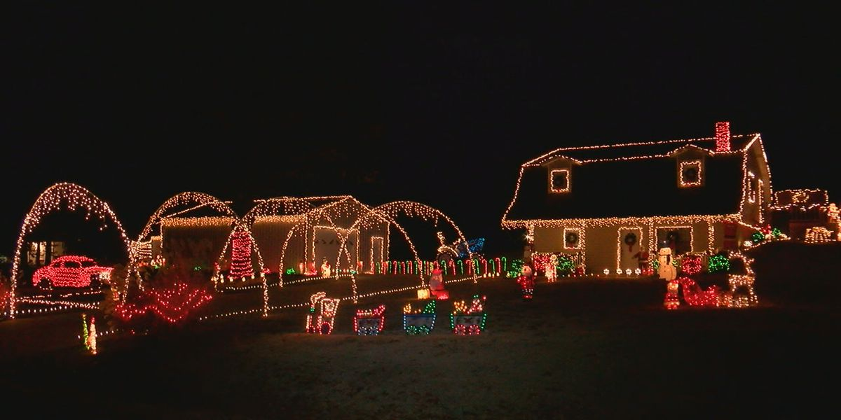 Paragould resident puts up Christmas lights for a good cause