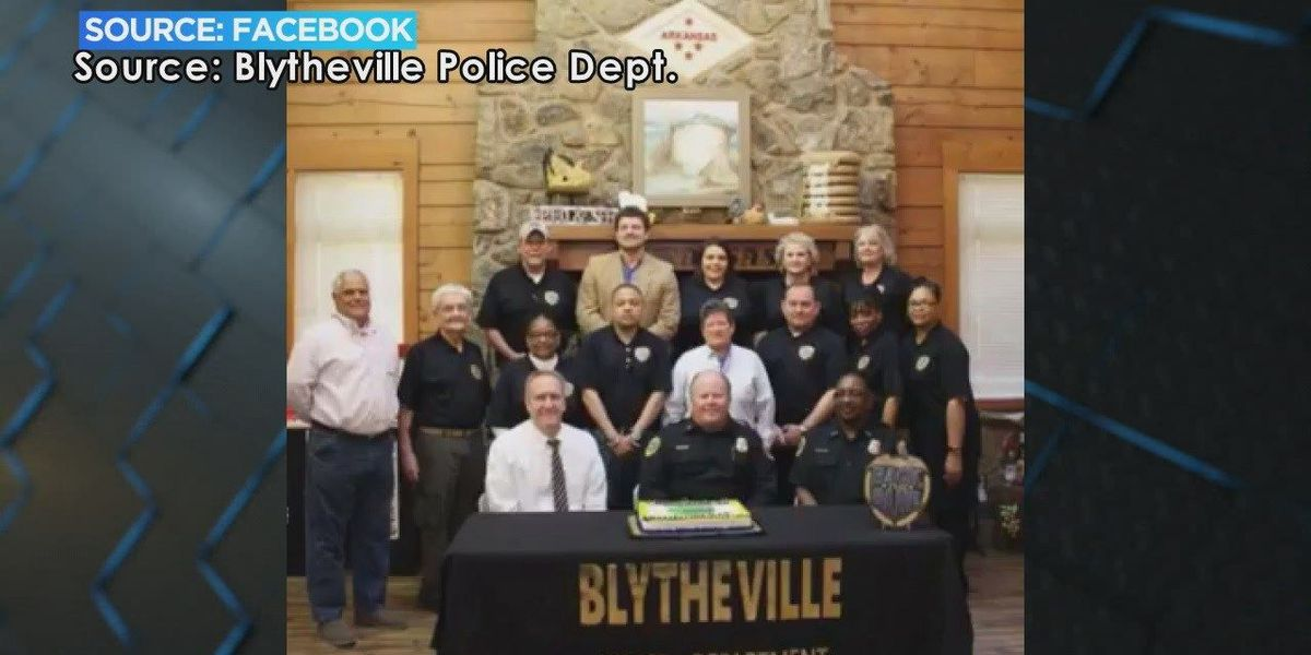 First class of citizen police academy graduated
