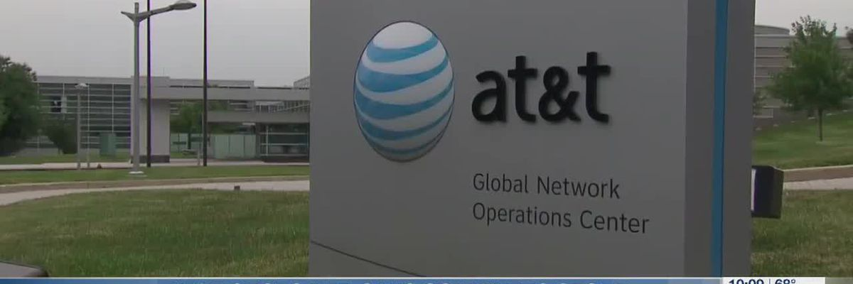 AT&T customer says scammers stole $7K after seizing control of her phone