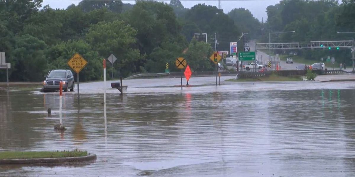 Heavy rains close several highways, prompt flash flooding across Arkansas