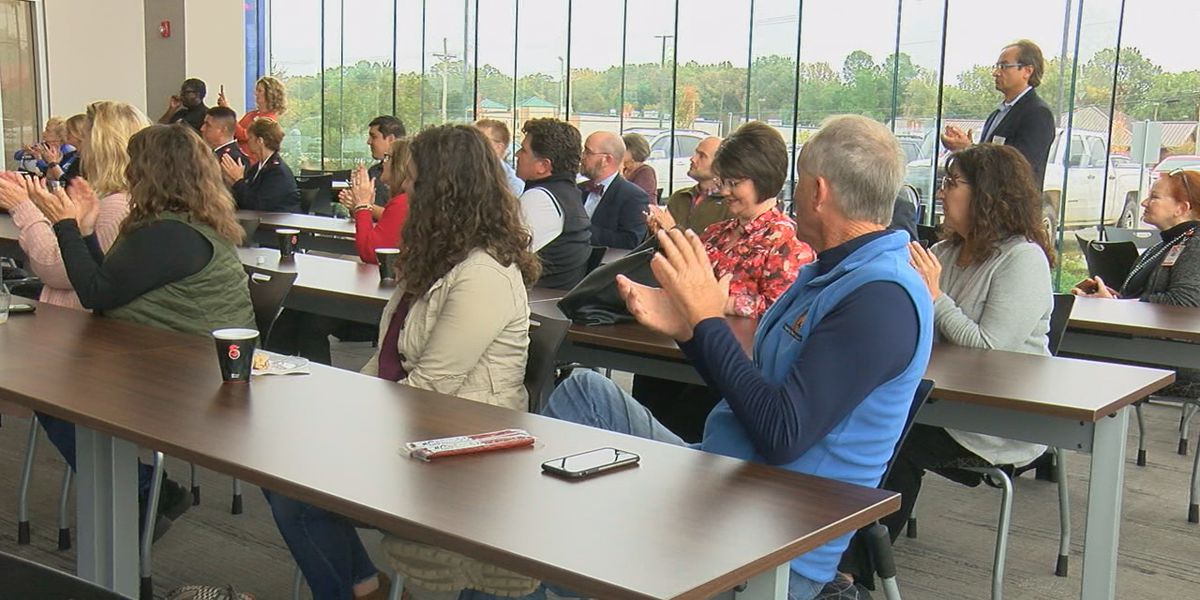20 local nonprofits receive thousands of dollars
