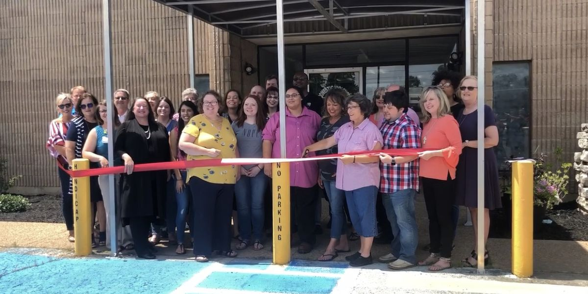 White River Women's Shelter opens new facility