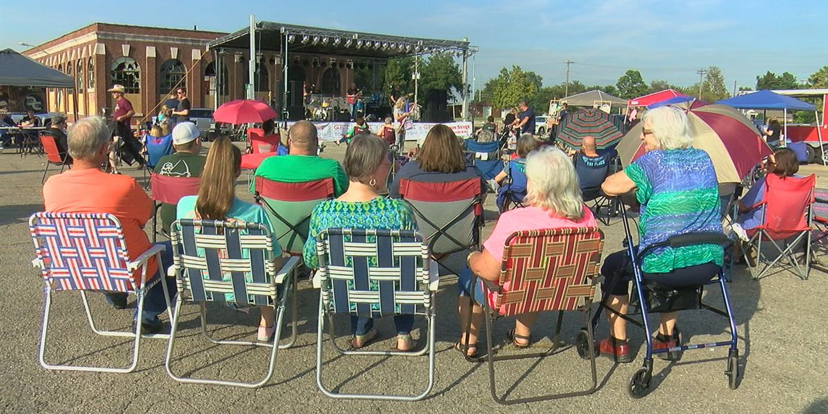 Festival gets everyone downtown to Paragould