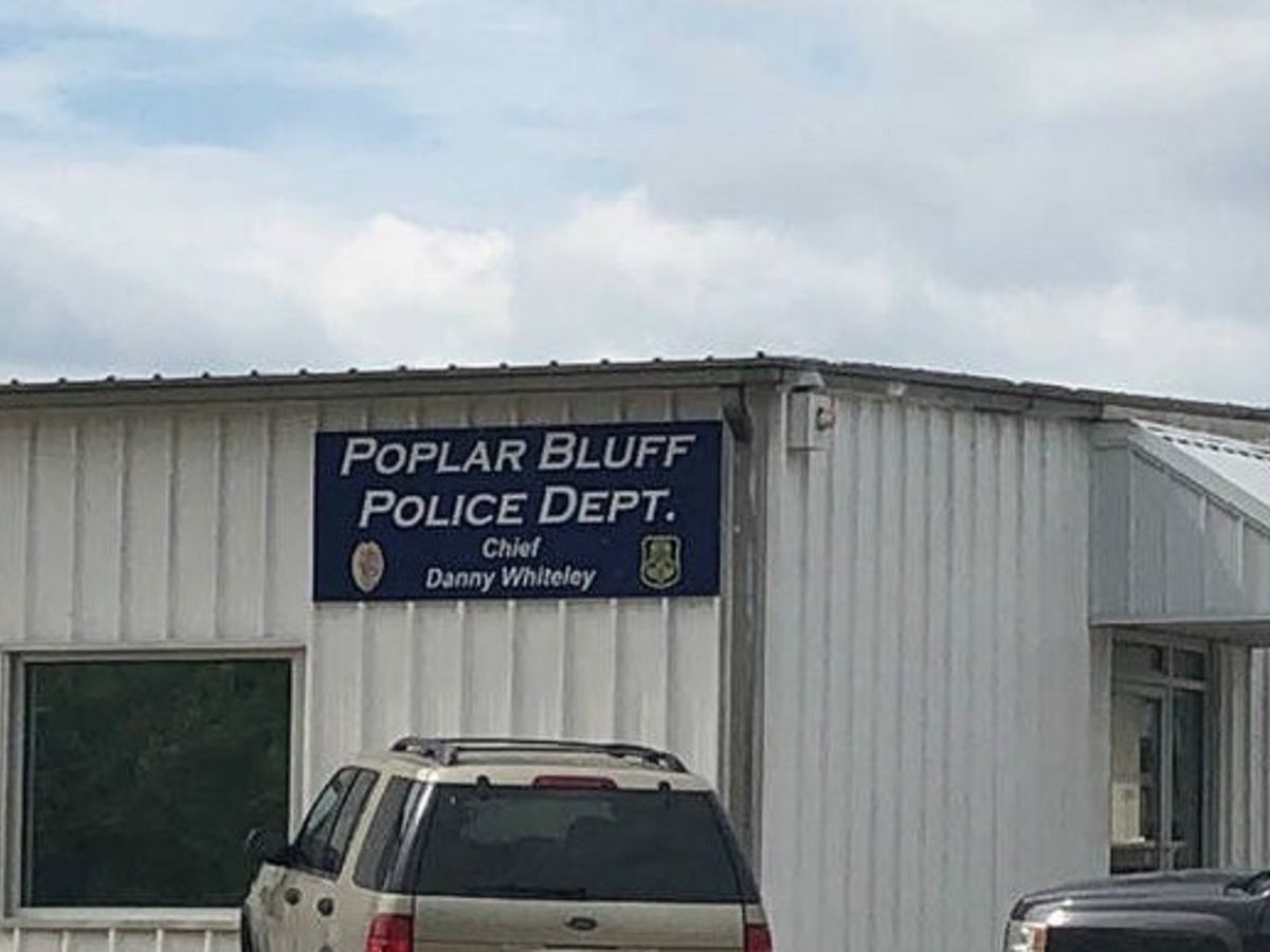 Poplar Bluff PD phone lines down