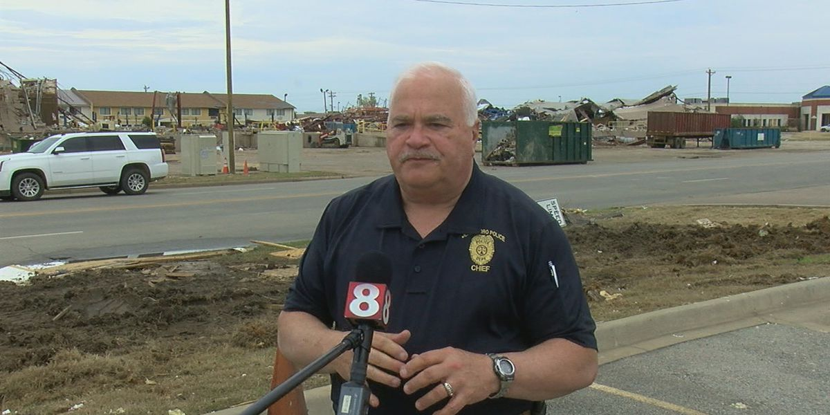 Police officers on front lines after EF-3 tornado hits Jonesboro