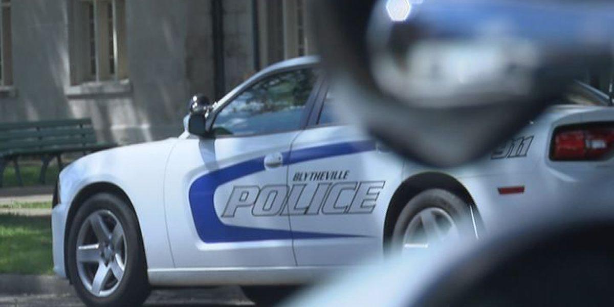 Two men injured in Blytheville shooting