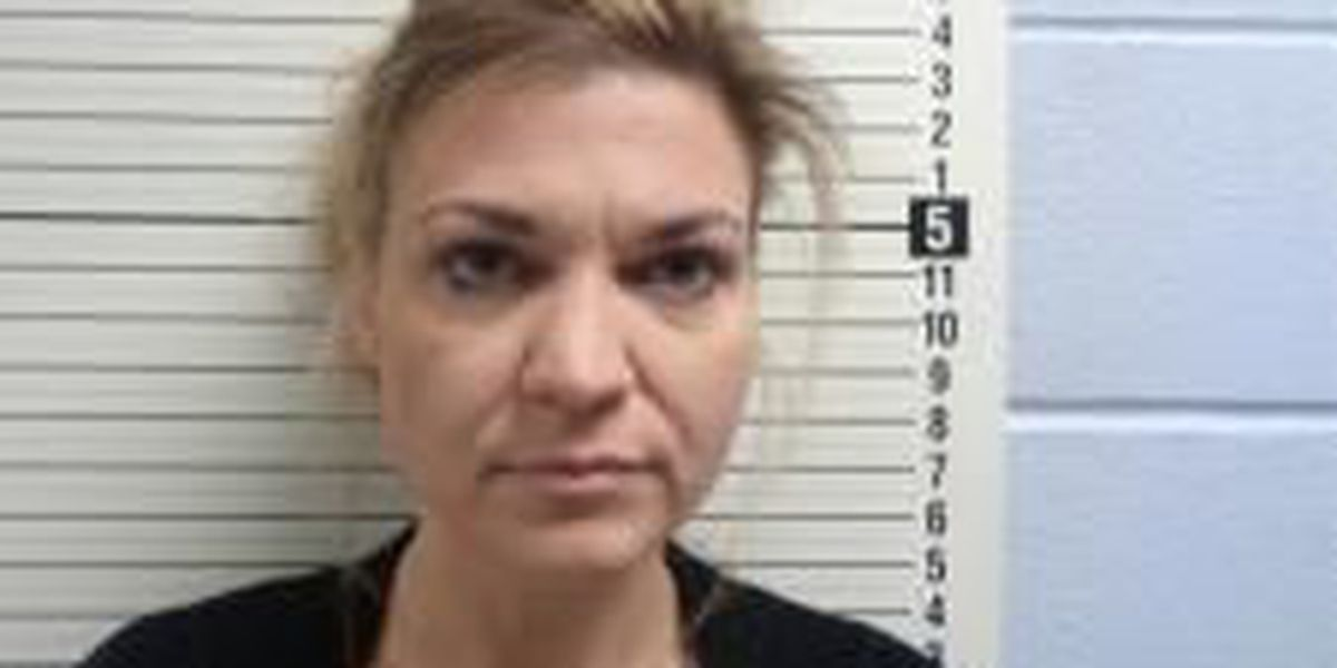 Nurse accused of writing numerous fake prescriptions