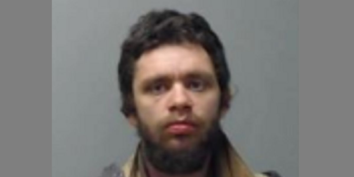 Man faces theft, weapons charges in multiple break-in cases