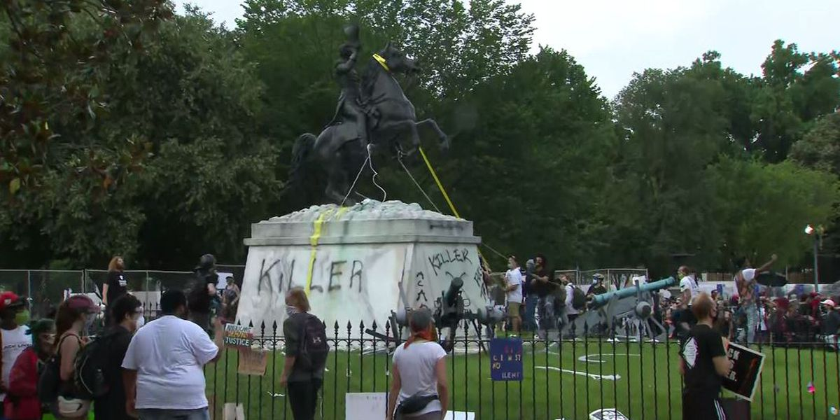 4 men charged in attempt to tear down Jackson statue near White House