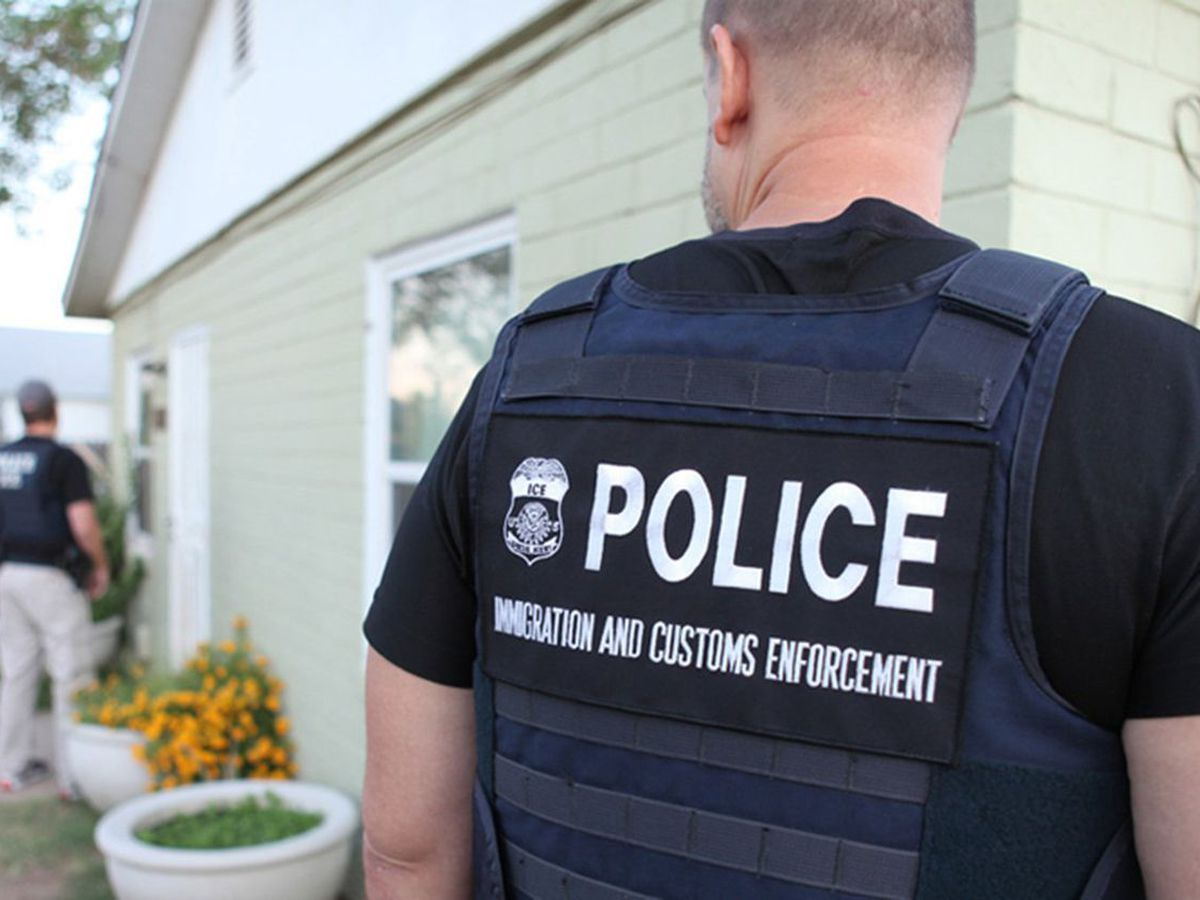 ICE detains 12 people in Batesville in drug operation