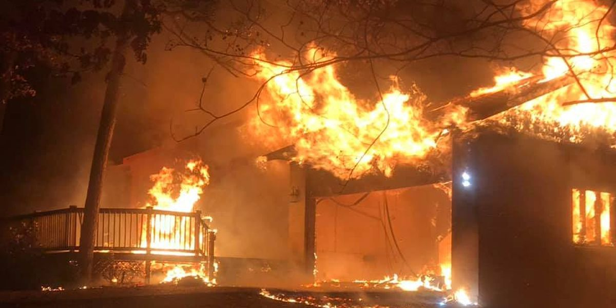 No injuries reported in large Batesville fire