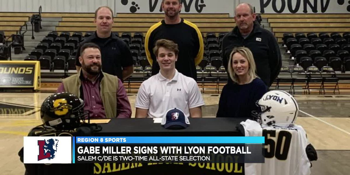 Salem All-State standout Gabe Miller signs with Lyon football