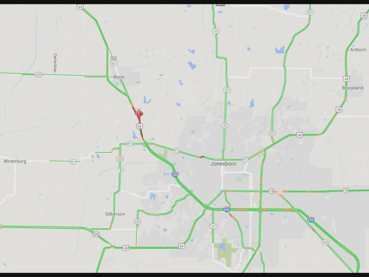 Lanes cleared after Highway 63 crash