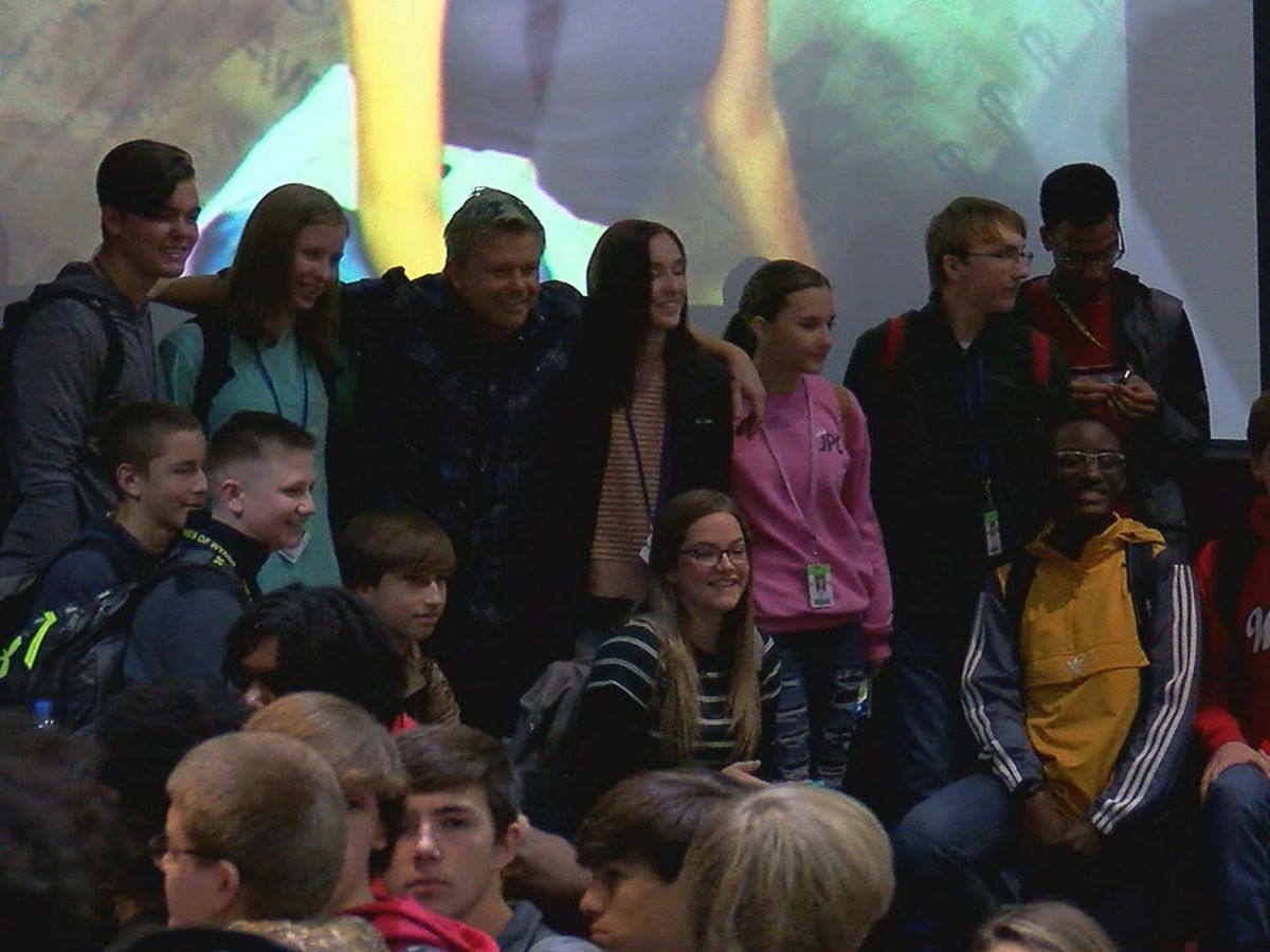 Columbine shooting survivor speaks to students at Wynne High School