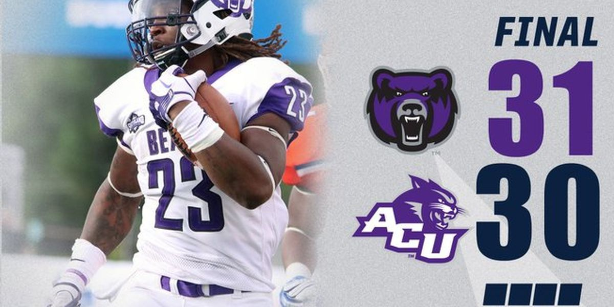 Gosnell alum Carlos Blackman had 2 TD as UCA moves to 3-0