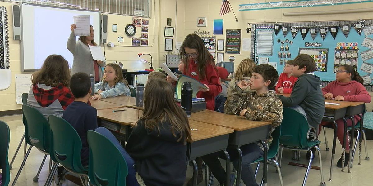 Students battle hunger in community
