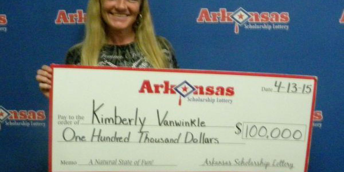 Newark woman wins some 'Extra' cash