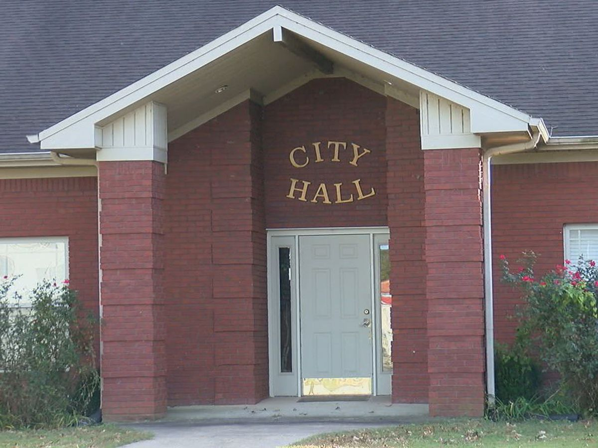 New Lake City mayor wants to bring community together