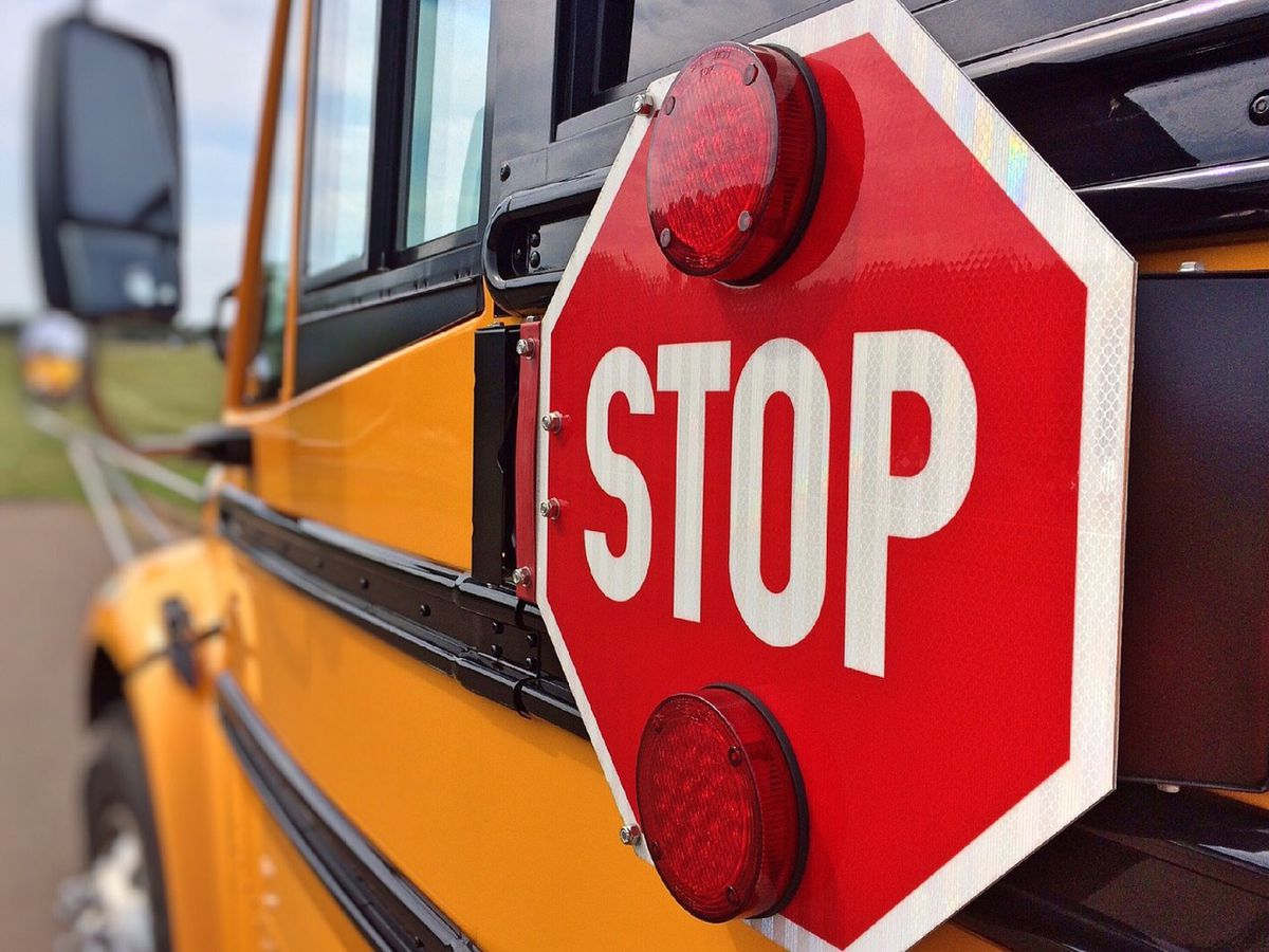 Miss. lawmaker calls for seat belts on new school buses