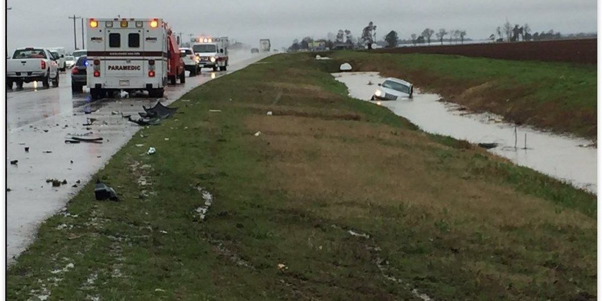Crash on Hwy. 18 leaves two vehicles submerged