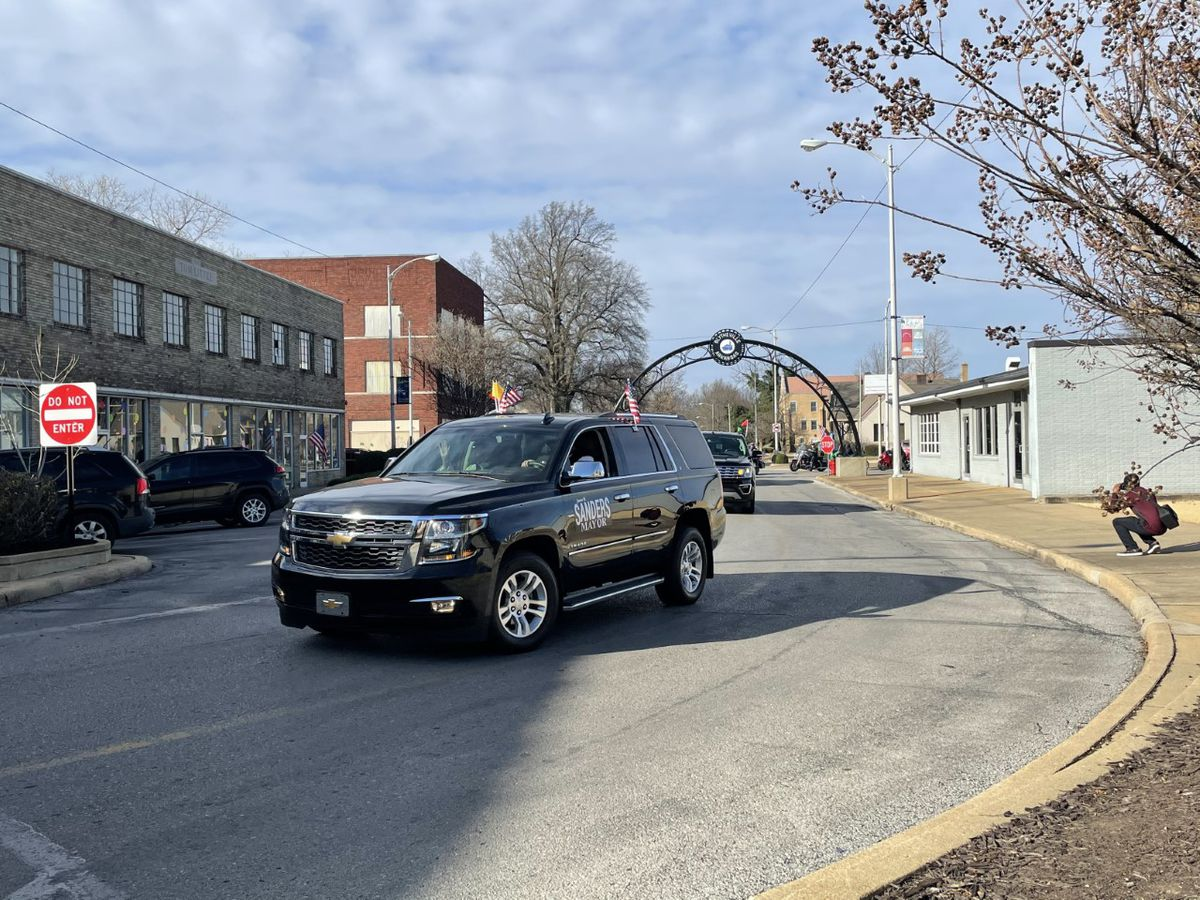 "Blytheville honors MLK with ""Drive Out Hate"" parade"