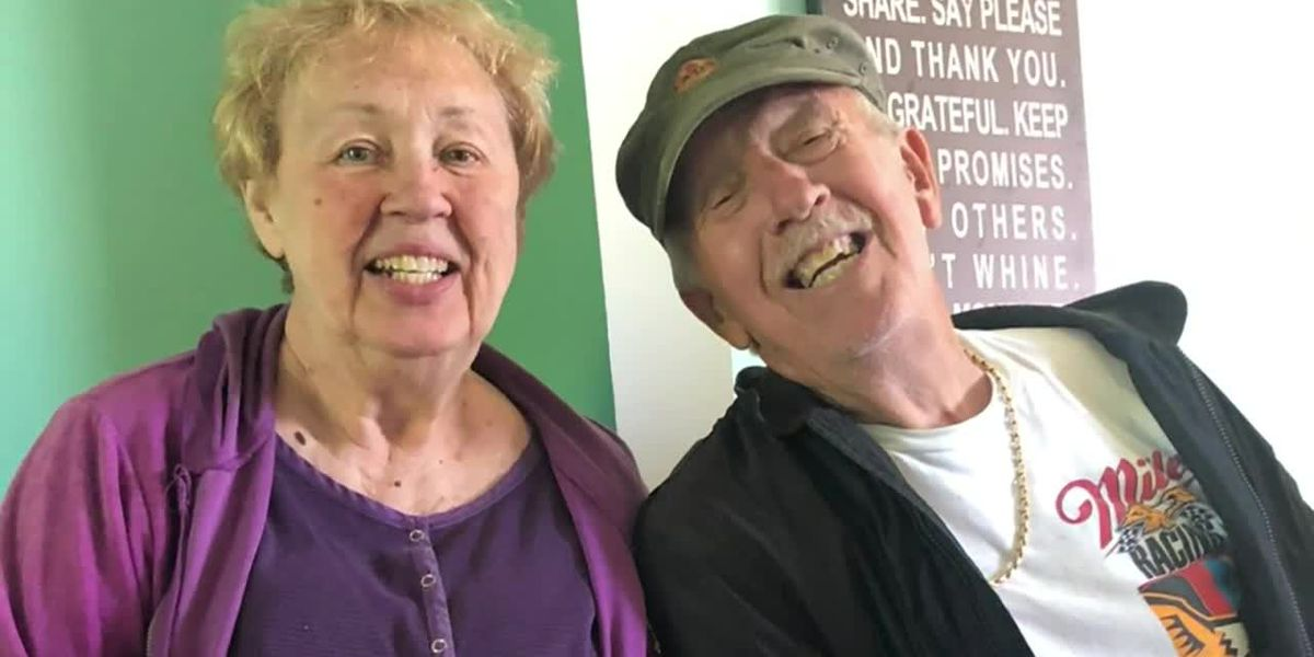 Michigan couple dies of COVID one minute apart