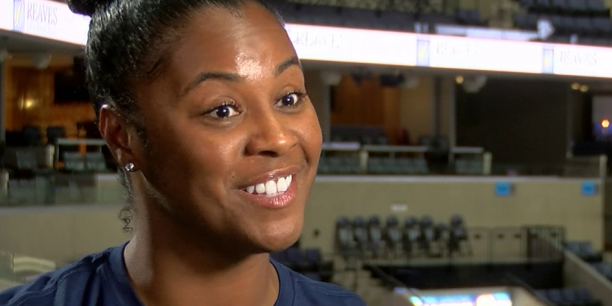 Grizzlies' first assistant female coach returns home to Notre Dame as head coach