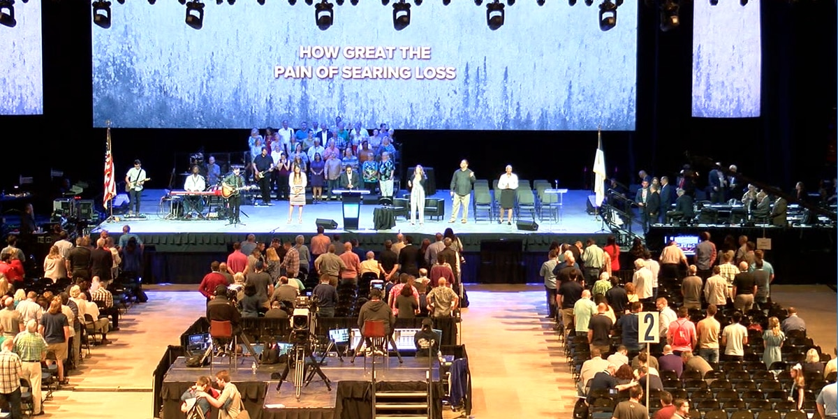 Sex abuse takes center stage at Southern Baptist Convention