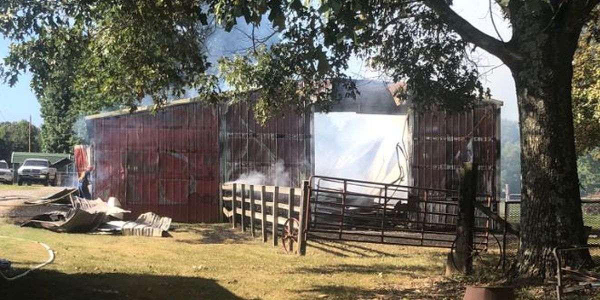 Crews respond to horse barn fire