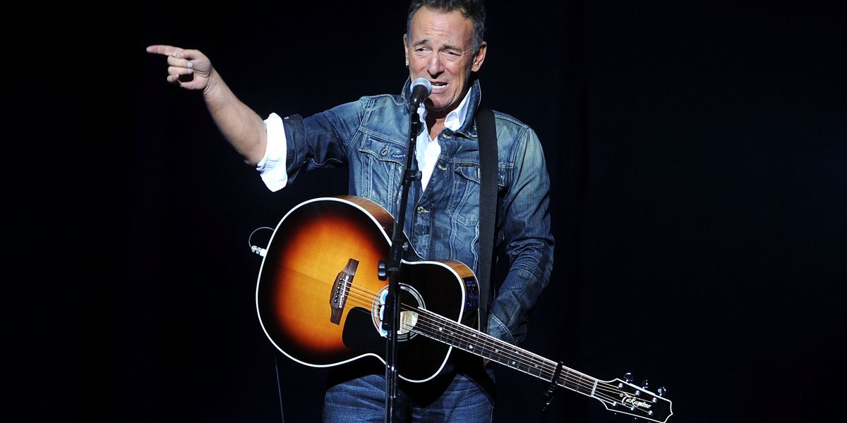 Bruce Springsteen, Seth Meyers headline veterans fundraiser