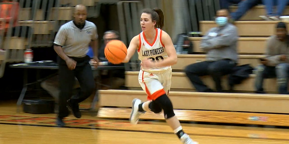 Batesville's Isabella Higginbottom drops 57 pts Thursday in 5A 1st Round