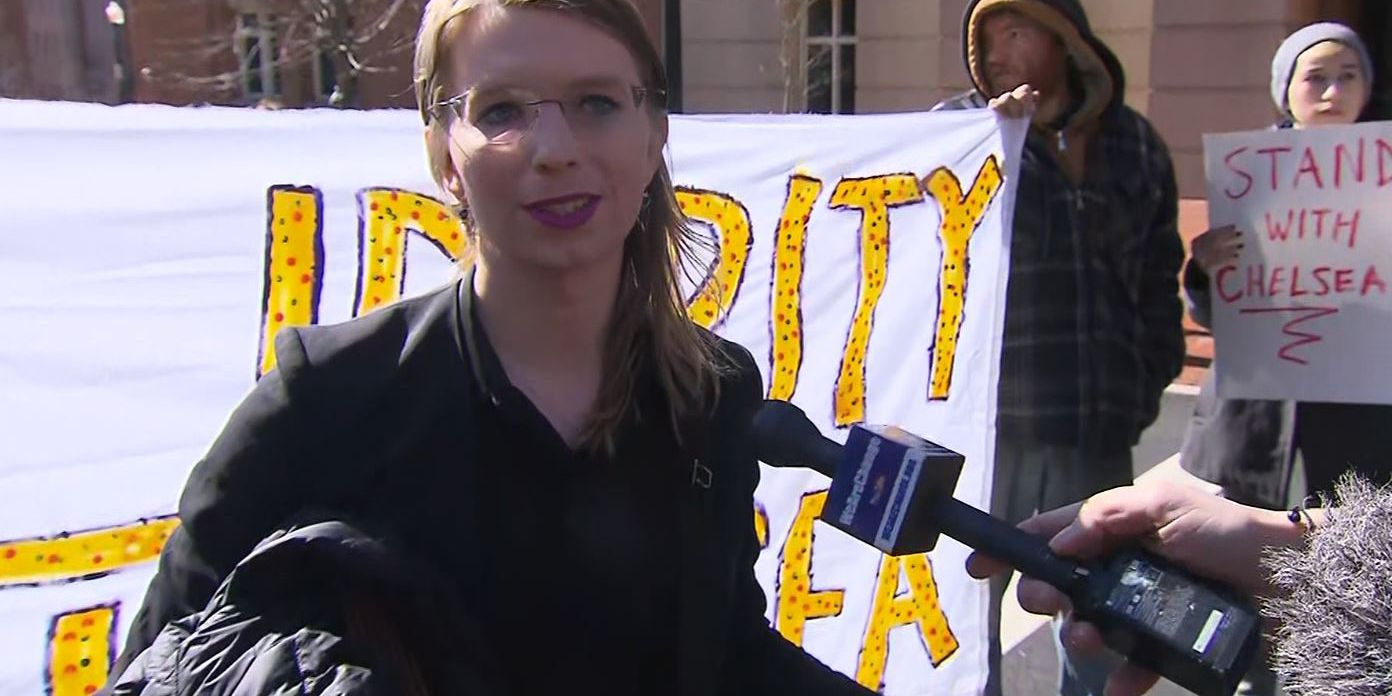 Chelsea Manning says she faces contempt hearing and possible jail time
